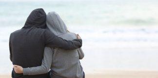 کمک به دوستی که دچار افسردگی شده است